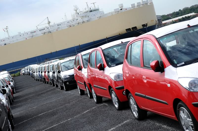 vehicle shipping in line